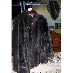 VINTAGE FAUX FUR WITH MATCHING HAT