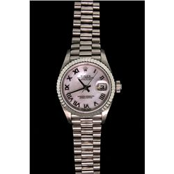 WATCH: 18KWG Ladies Rolex Oyster Perpetual Datejust watch, with mother of pearl dial, fluted bezel a