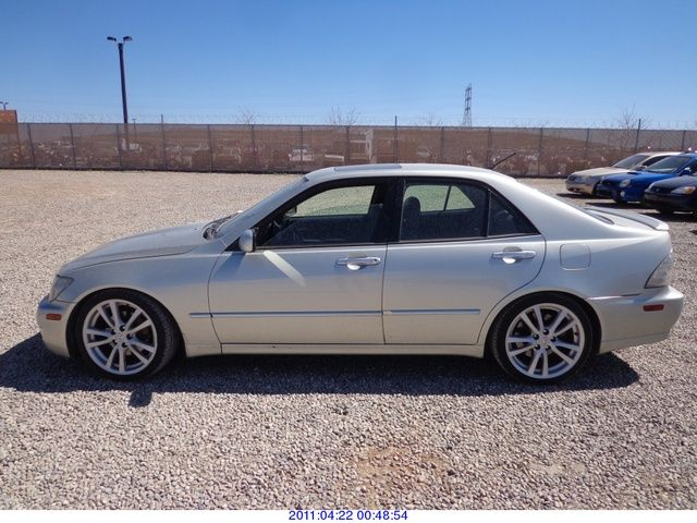 2004 lexus is 300 restored salvage title rod. Black Bedroom Furniture Sets. Home Design Ideas