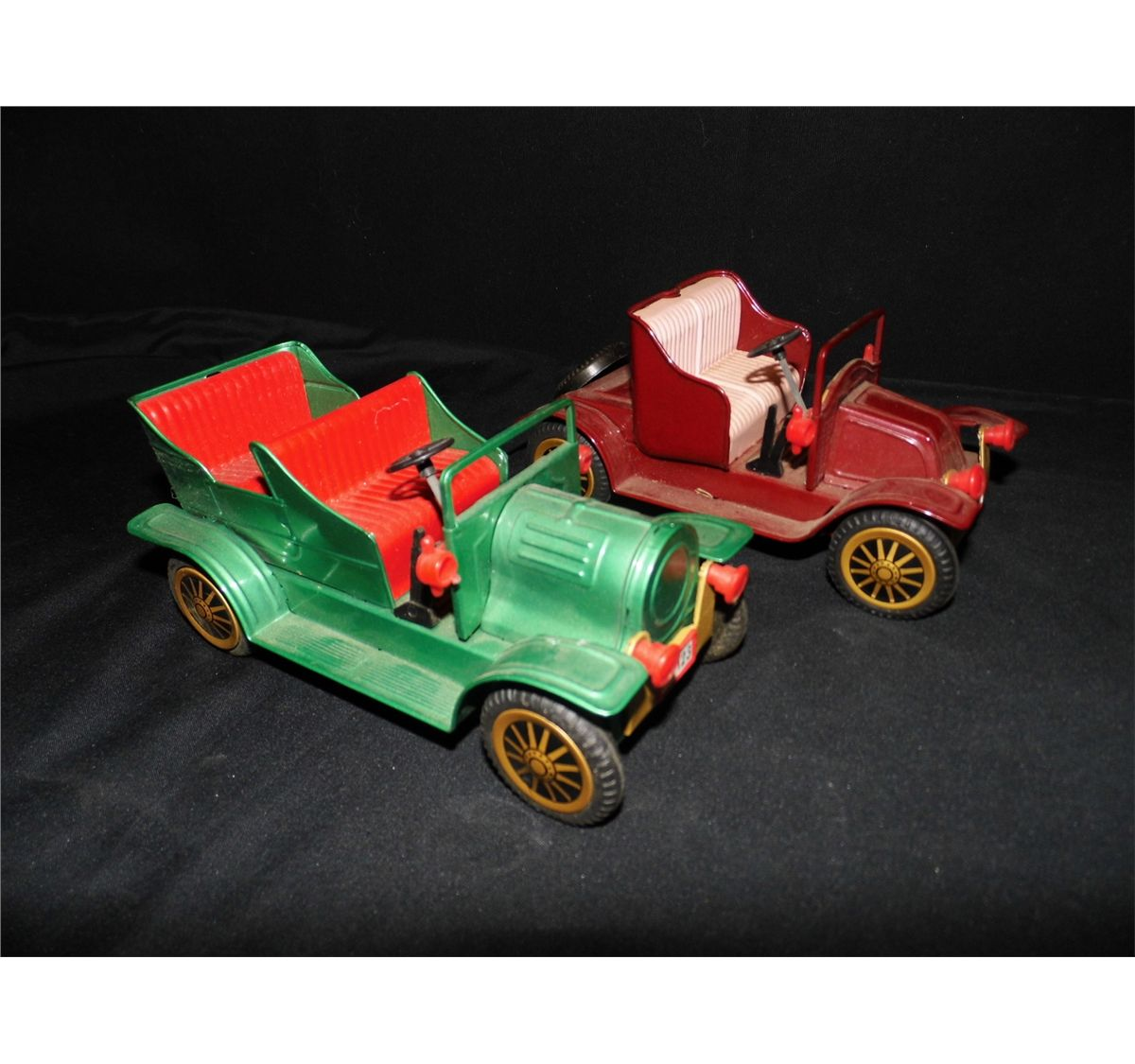 2 touring cars tin friction cars made in japan one missing wheel in long x 3 in tall. Black Bedroom Furniture Sets. Home Design Ideas