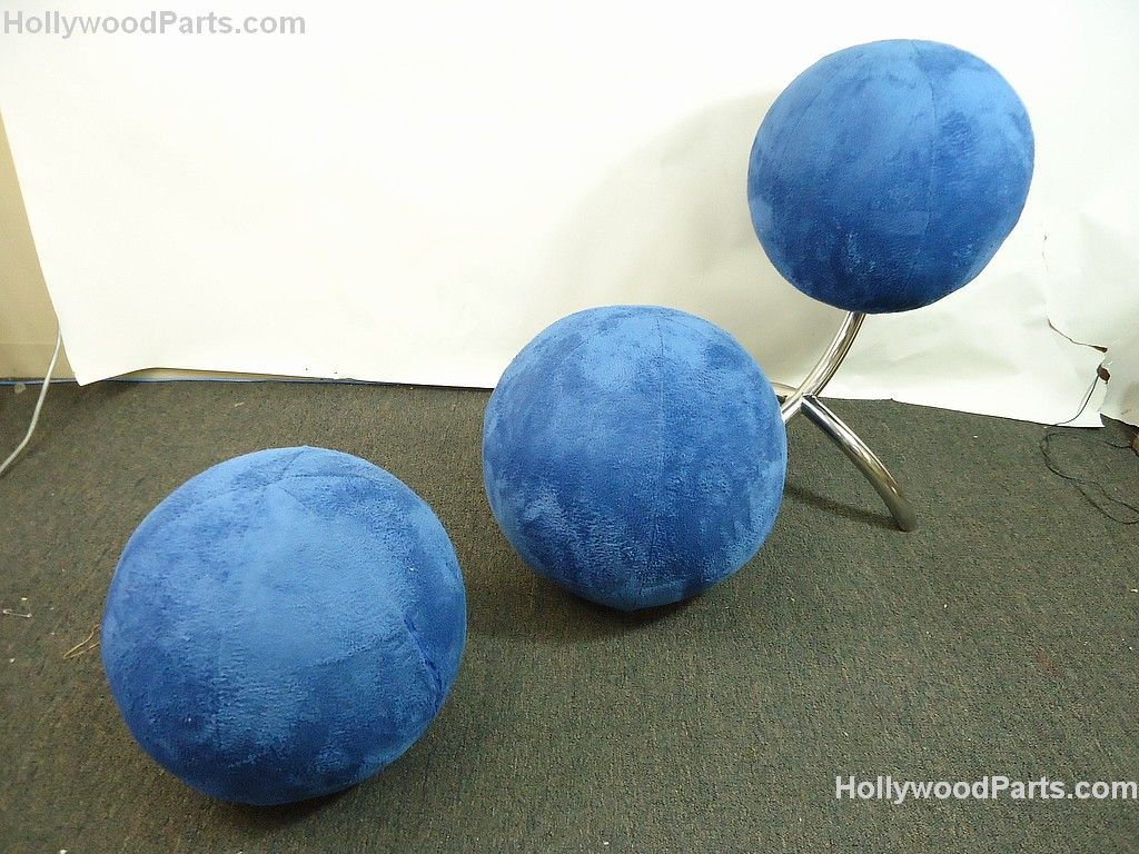 ZOOKEEPER (KEVIN JAMES) CUSTOM MADE CONTEMPORARY ART BLUE BALL CHAIR W/ OTTOMAN. Loading zoom & ZOOKEEPER (KEVIN JAMES) CUSTOM MADE CONTEMPORARY ART BLUE BALL CHAIR ...