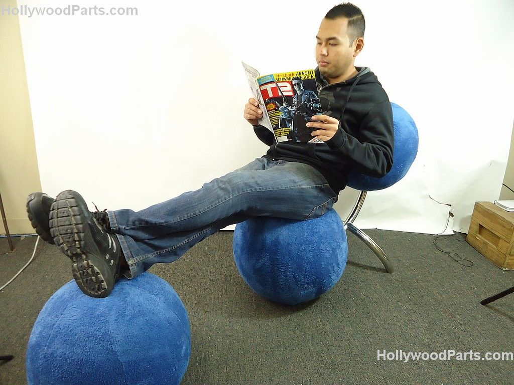 ... Image 2  ZOOKEEPER (KEVIN JAMES) CUSTOM MADE CONTEMPORARY ART BLUE BALL CHAIR W  sc 1 st  iCollector.com & ZOOKEEPER (KEVIN JAMES) CUSTOM MADE CONTEMPORARY ART BLUE BALL CHAIR ...