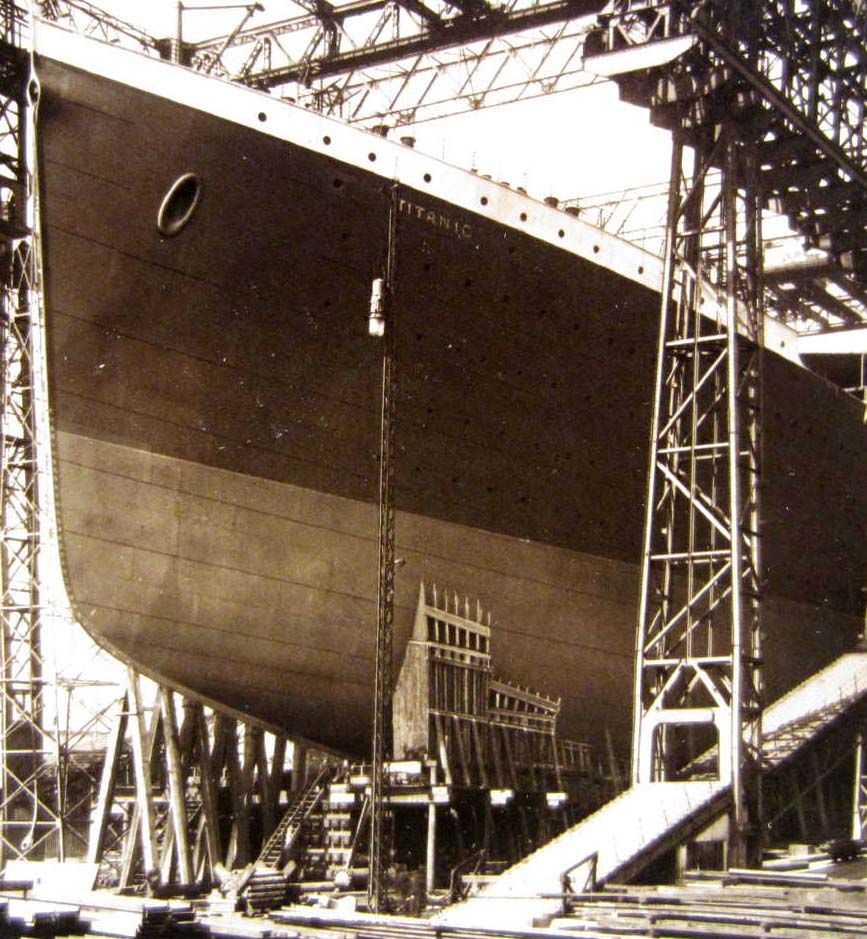 the details of the construction of the titanic ship The origins, design of thomas andrews and construction of the rms titanic deck plans and illustrations of her build and launch the white star docks at southampton are described details of the lifeboat provision onboard and her trials are featured.
