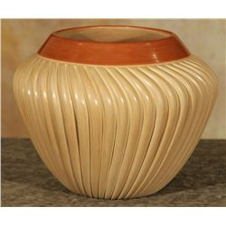 Jemez Melon Pot by Laura Gachupin