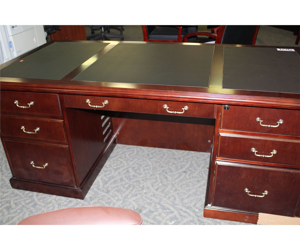 Mahogany Traditional Inlay Top Executive Desk Some Damage