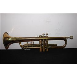 NICE FB OLDS & SON TRUMPET - COMPLETE W/  ORIG CASE