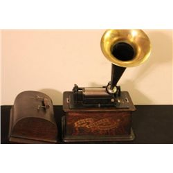NICE EDISON STANDARD PHONOGRAPH CYLINDER PLAYER WITH
