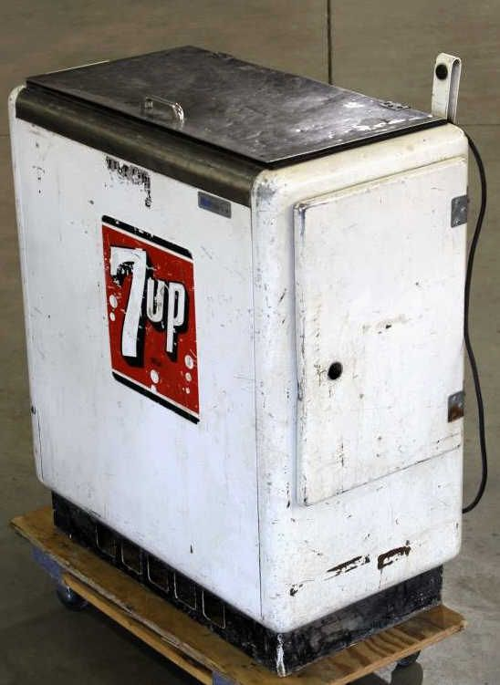 7 Up Cooler Ideal Dispenser Model A 55