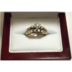 Pre-Owned Diamond 14k Gold Women's Ring _-