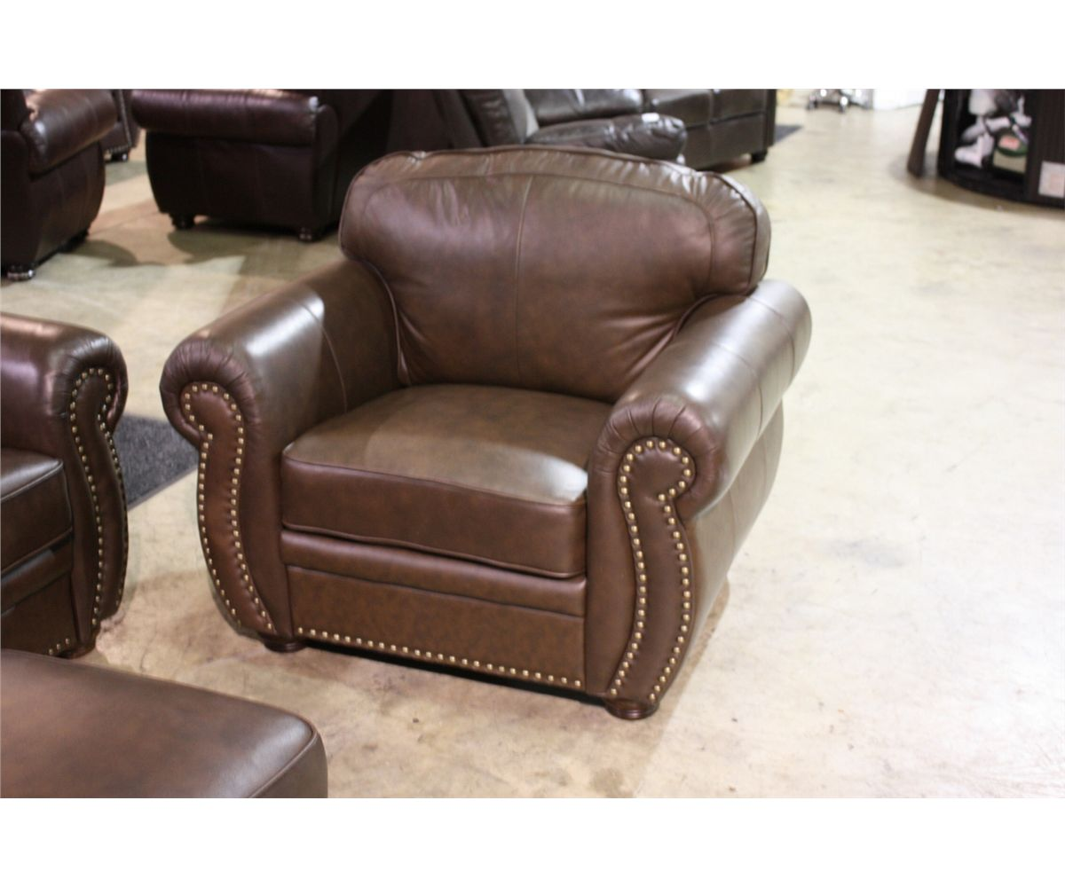 ... Image 4 : 4 PIECE BROWN STUDDED LEATHER TRADITIONAL ARM SOFA, LOVESEAT,  CHAIR AND