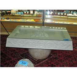 Heavy white marble glass top coffee table with for Heavy glass coffee tables
