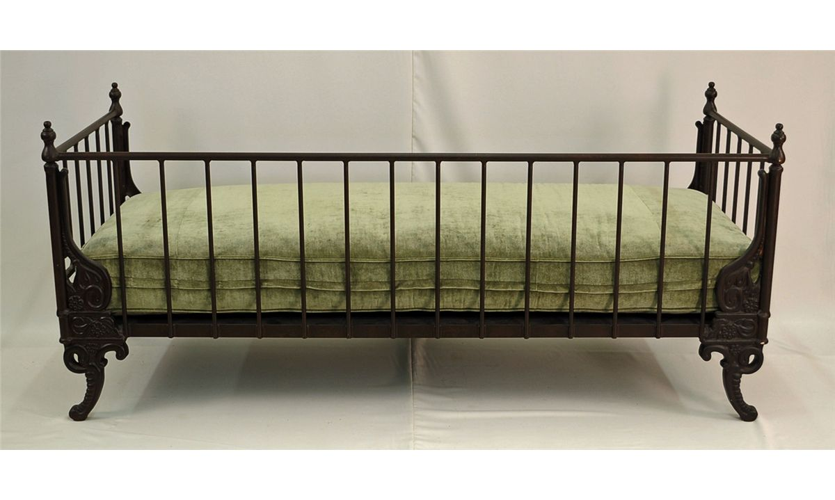 ... Image 3 : French Day Bed,