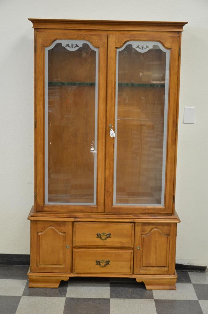 Hardwood Gun Cabinet With Etched Glass Doors Approx 74 In Height Overall Cabinet Interior Is Appr
