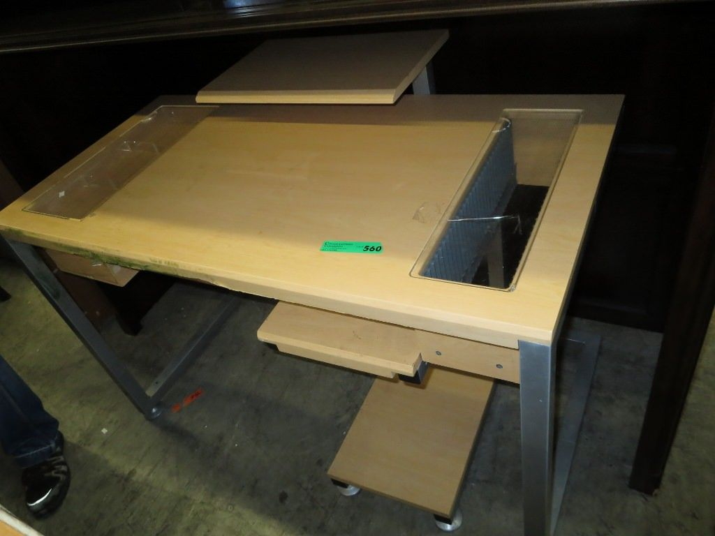 Used puter desk