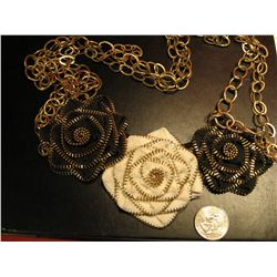 COSTUME JEWELRY HANDCRAFTED BLACK & WHITE ROSE UNIQUE ARTISAN NECKLACE