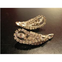 COSTUME JEWELRY RHINESTONE CLIP ON EARRINGS PAIR