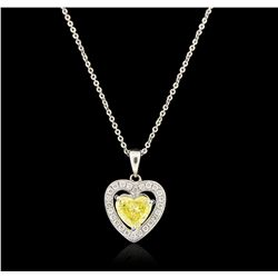 14KT White Gold 0.77ctw Diamond Pendant With Chain GB4201