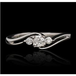 10KT White Gold 0.10ctw Diamond Ring GB2502