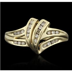 10KT Yellow Gold 0.15ctw Diamond Ring GB3311