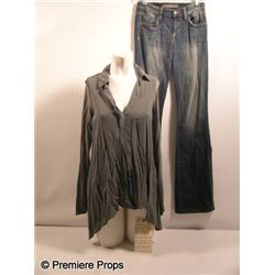 Possession Stephanie (Kyra Sedgwick) Hero Movie Costumes