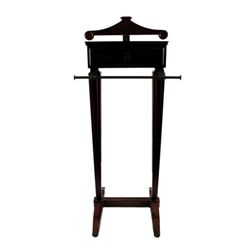 The Women (2008) Mary Haines (Meg Ryan) Valet Stand Prop