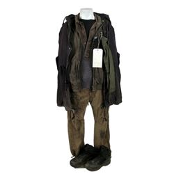Falling Skies Season 5 Anthony (Mpho Koaho)  Movie Costumes