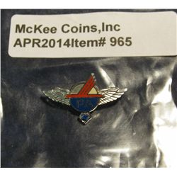 965.       Vintage 18K white gold Piedmont Airlines crewmembers service pin with blue stone, stamped