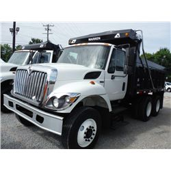 2008 INTERNATIONAL 7400 T/A DUMP TRUCK , S/N 1HTWHAAR88J630007, 7.6L INTERNATIONAL DIESEL, A/T, 40K