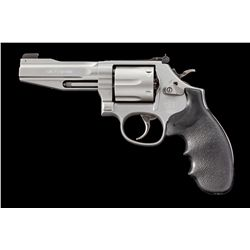 S&W Model 686-6 Double Action Revolver