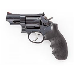 S&W Model 19-5 Double Action Revolver
