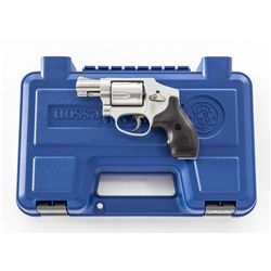 S&W Model 642 (Airweight) DA Revolver