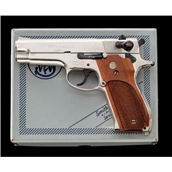 S&W Model 39-2 Semi-Automatic Pistol