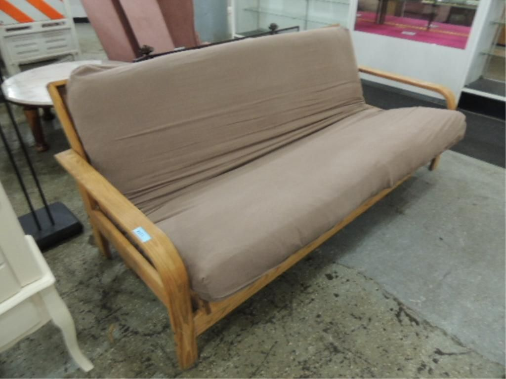 image 3   august lotz wooden futon frame and mattress     august lotz wooden futon frame and mattress  rh   icollector