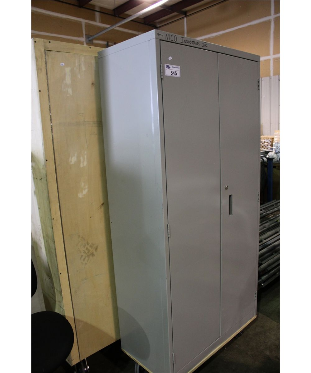 Portable Storage Cabinets : Mobile storage cabinets able auctions