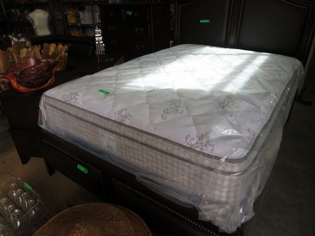 New Queen Size Mattress Box Spring Serta