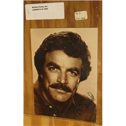 "1094. 4.5"" x 6.25"" Autographed Card of Tom Selleck."