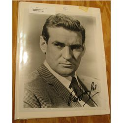 "1109. Autographed Black and White Photo ""Rod Taylor"", star in the ""Time Machine"" 8"" x 9 3/4""."