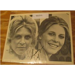 "1111. Autographed Black and White Photo ""Lindsey Wagner"". 8"" x 10""."