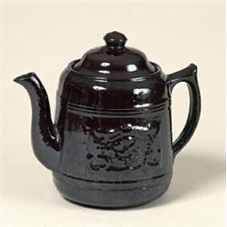 quebec earthenware teapot