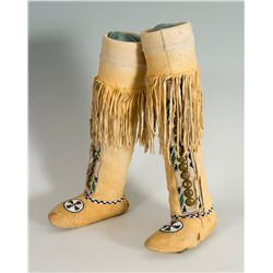 Kiowa Beaded High-top Moccasins