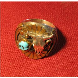802. LARGE & HEAVY silver and turquoise ring with longhorn skull, marked F. TOM STERLING weighs 24 g