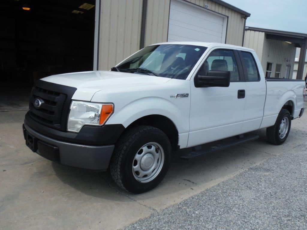 2010 ford f150 xl extended cab pickup s n 1ftfx1cv2afc63303 v8 gas a t a c odometer reading. Black Bedroom Furniture Sets. Home Design Ideas