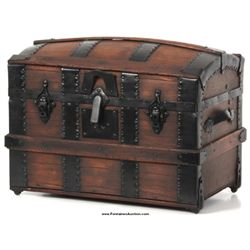 Dome Top Dolls Trunk