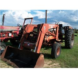 International 856 DIESEL TRACTOR W/ IH 2350 LOADER Ser#:15411