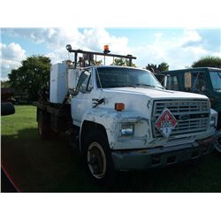 1990 Ford F700 FORD DIESEL, 5-2SPD TRANS, 1NGERSOLL-RAND AIR COMP, FUEL & LUBE TANKS, HOSE REELS, TO