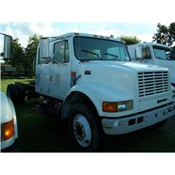 1999 International 4700 CAB & CHASSIS, CREW CAB, DT466 DIESEL ENGINE, 5SP 2SP TRANS, 16FT FRAME, 112