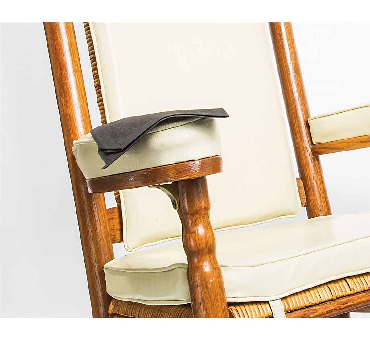 Image 4 : John F. Kennedy Official Replica Rocking Chair and Mourning ...