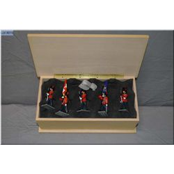 Royal 22nd Regiment boxed set of five lead soldiers in wooden case