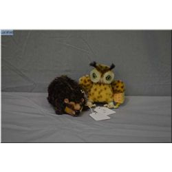 "Two vintage Steiff animals including Joggi the hedgehog 5"" in length and small 3 1/2"" owl"