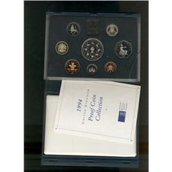 Great Britain 1993 Proof Set in Deluxe case (red) 8 coins.